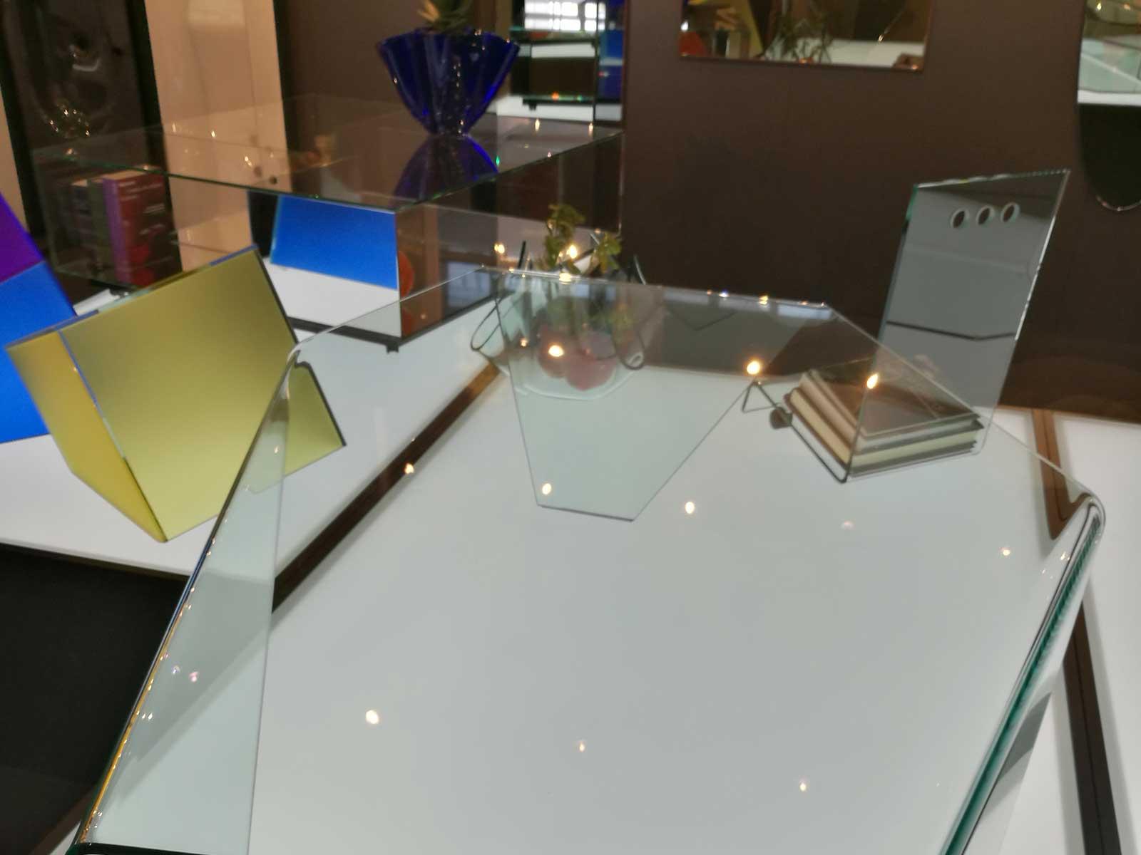 Complementi d'arredo in vetro, Vetrotec azienda lavorazione vetro