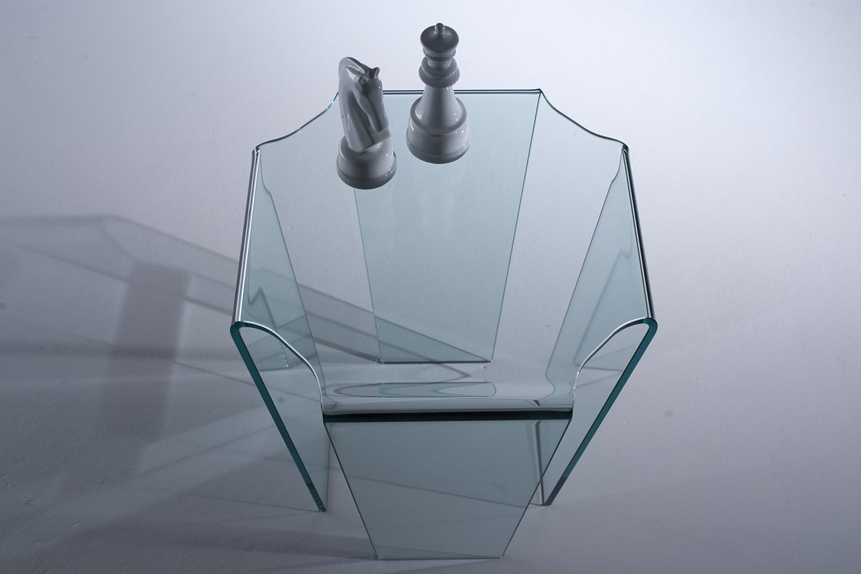 Complementi d 39 arredo in vetro vetrotec il vetro in for Responsabile produzione arredamento